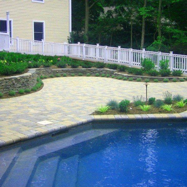 18′ x 36′ Elbow-Shaped Gunite Pool
