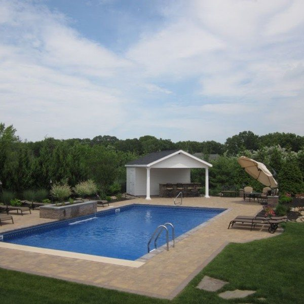 18′ x 42′ Pool with Full Length Steps & Automatic Cover