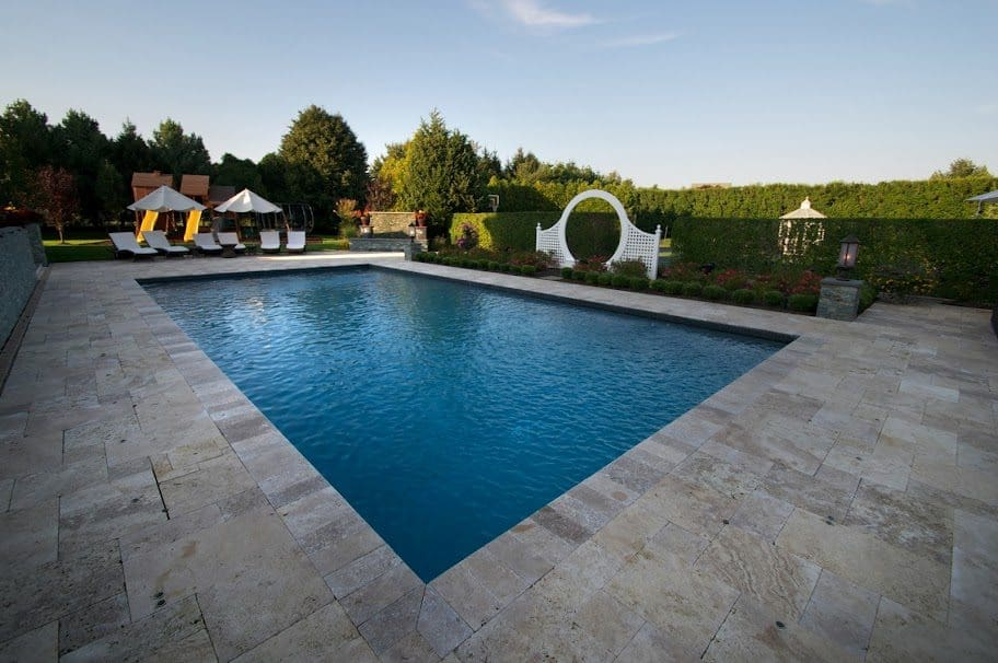 20x40-Gunite-Pool-with-Black-Slate-Tile-Southampton