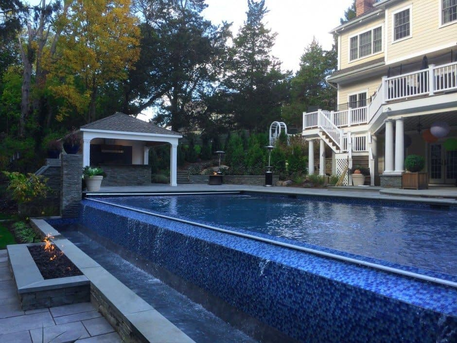 24x44-Gunite-Pool-with-44-Infinity-Edge-8x8-Custom-Spa-and-Automatic-Cover-in-Manhasset-NY