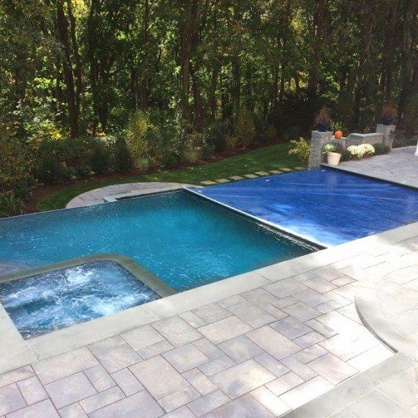 Infinity Edge Pool Green Island Design