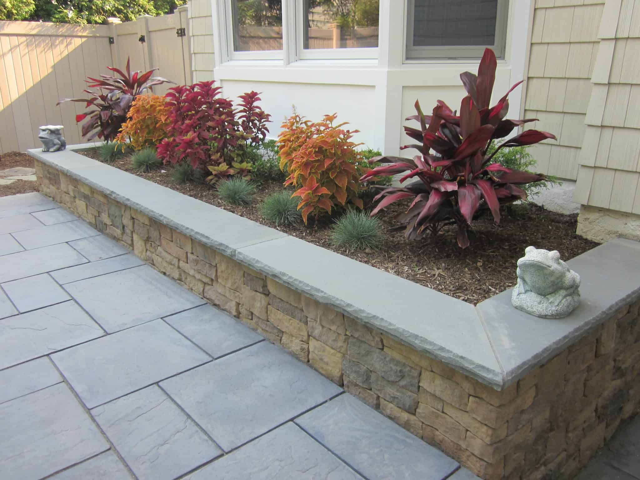 Custom Planter Box veneered with Cambridge - Canyon Ledge - Chestnut - with Rock Faced Bluestone Treads - Merrick, NY