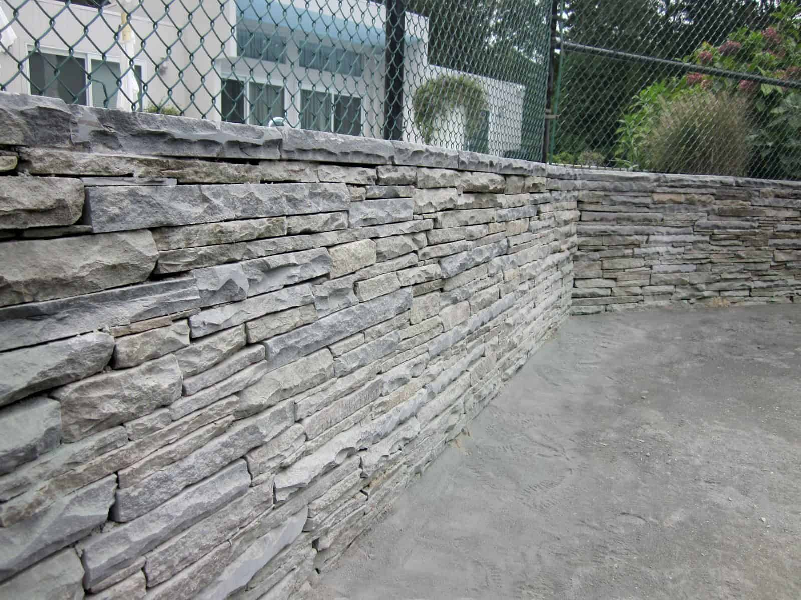 Colonial Stacked Bluestone Retaining Wall with natural cleft - Quogue, Long Island NY