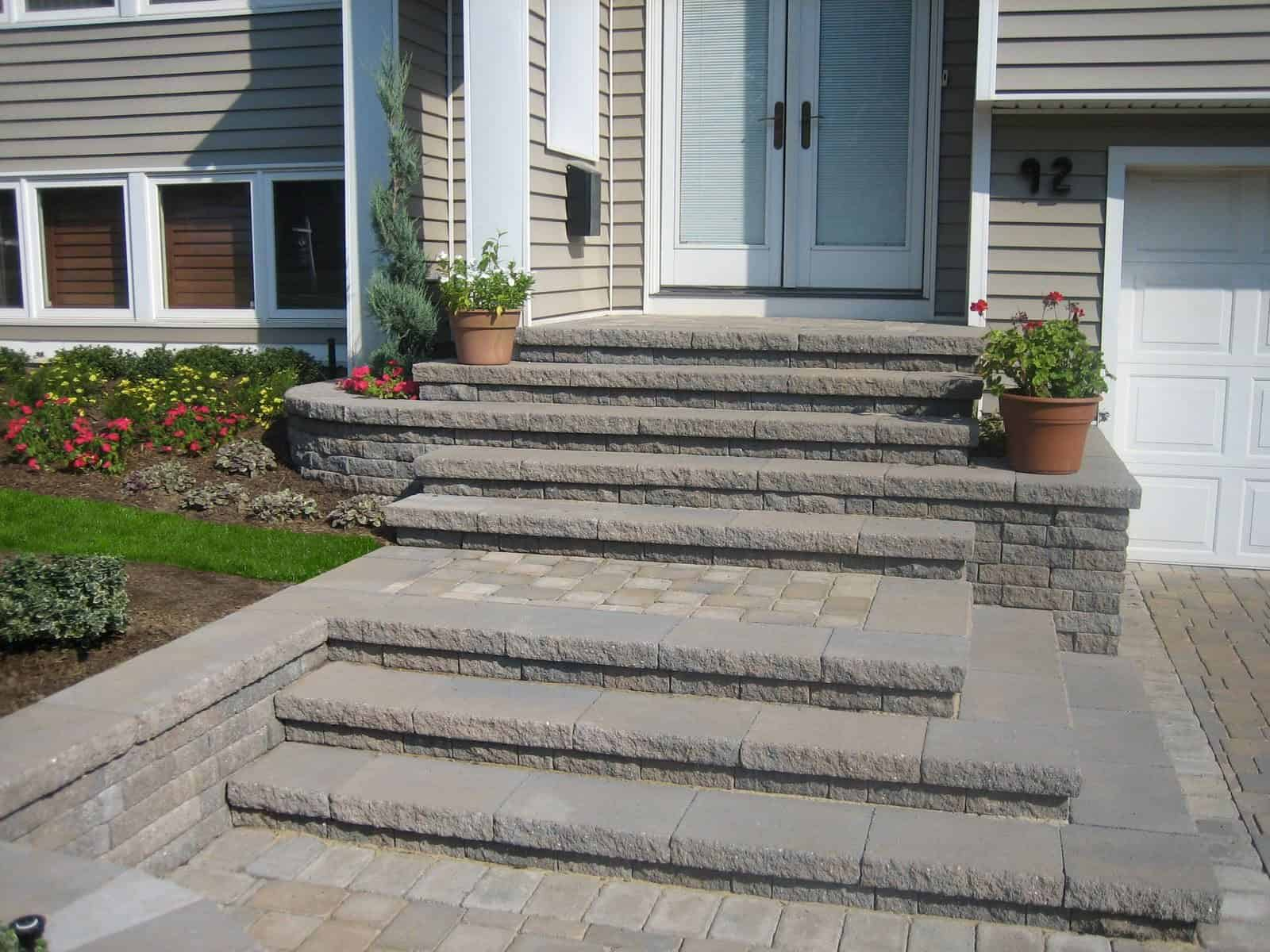 Paver Driveway - Cambridge - Tumbled Matryx Wall – Renaissance Collection - Color - Toffee/Onyx - Jericho, Long Island NY