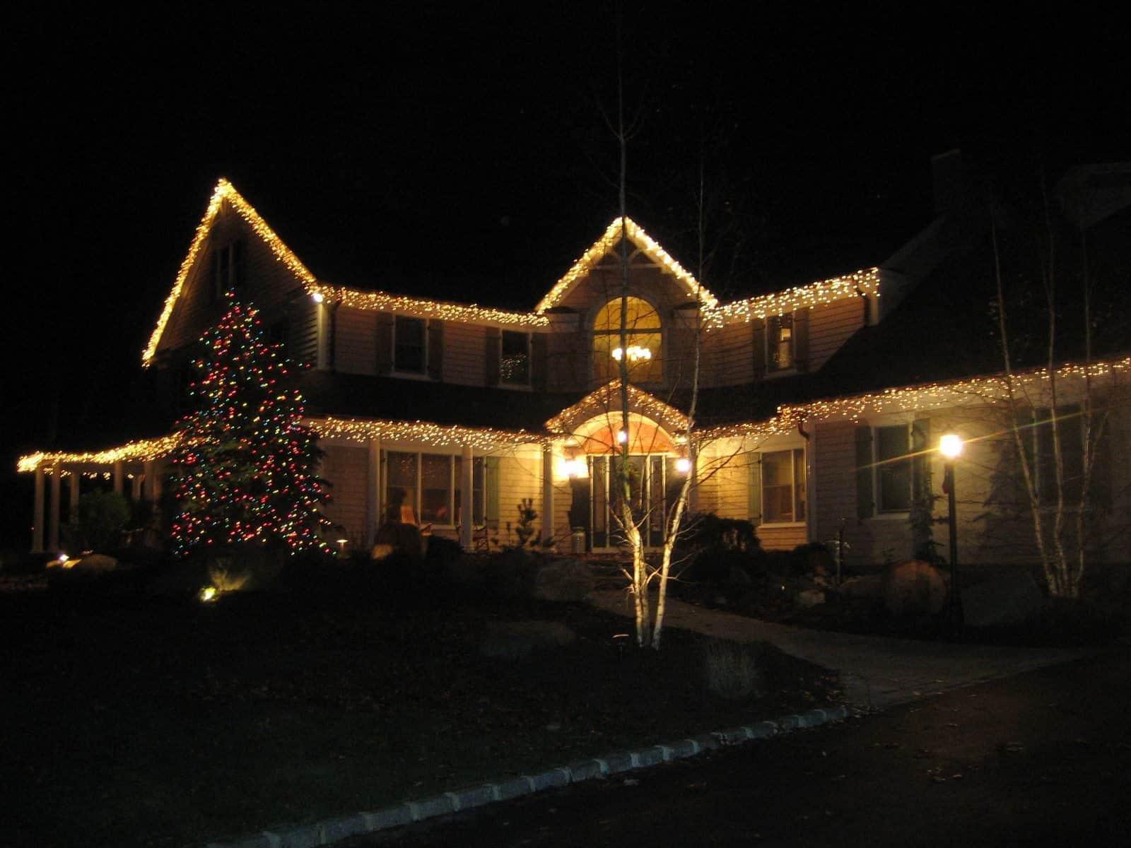 Outdoor Holiday Lights - Southampton, Long Island NY