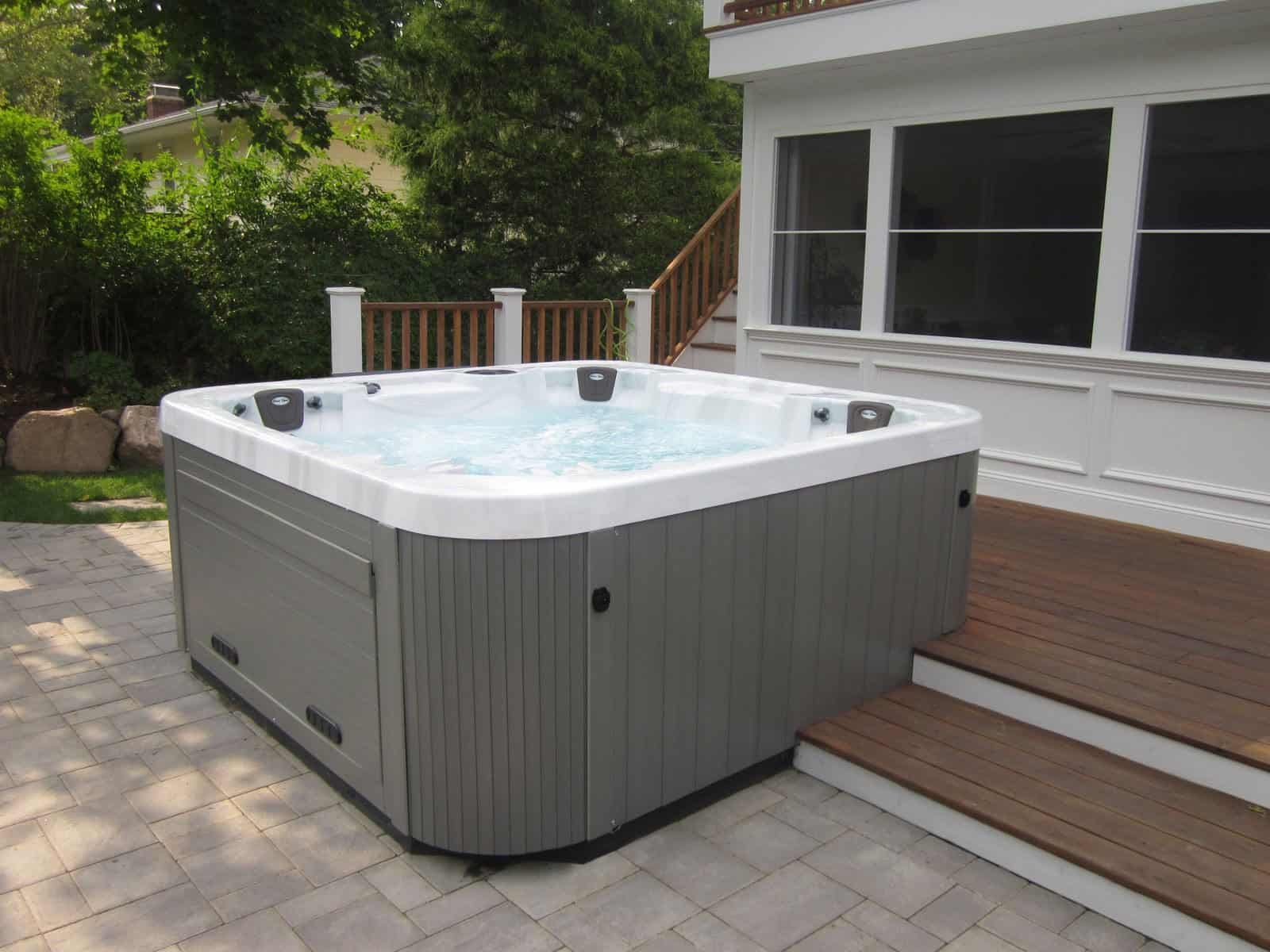 8'x 8' Caldera Spa - Glen Cove, Long Island NY