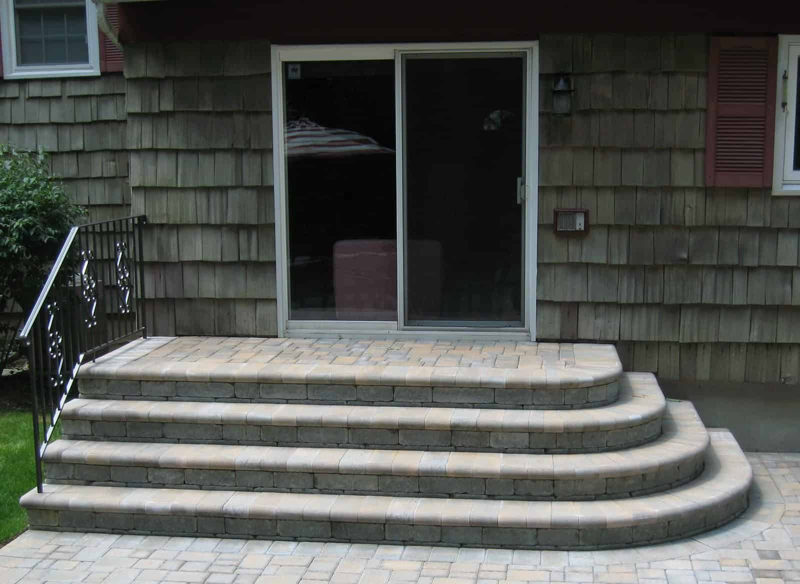 Paver Steps - Cambridge Ledgestone Paver Steps- Toffee/Onyx - Fullnose Treads - Dix Hills, Long Island NY