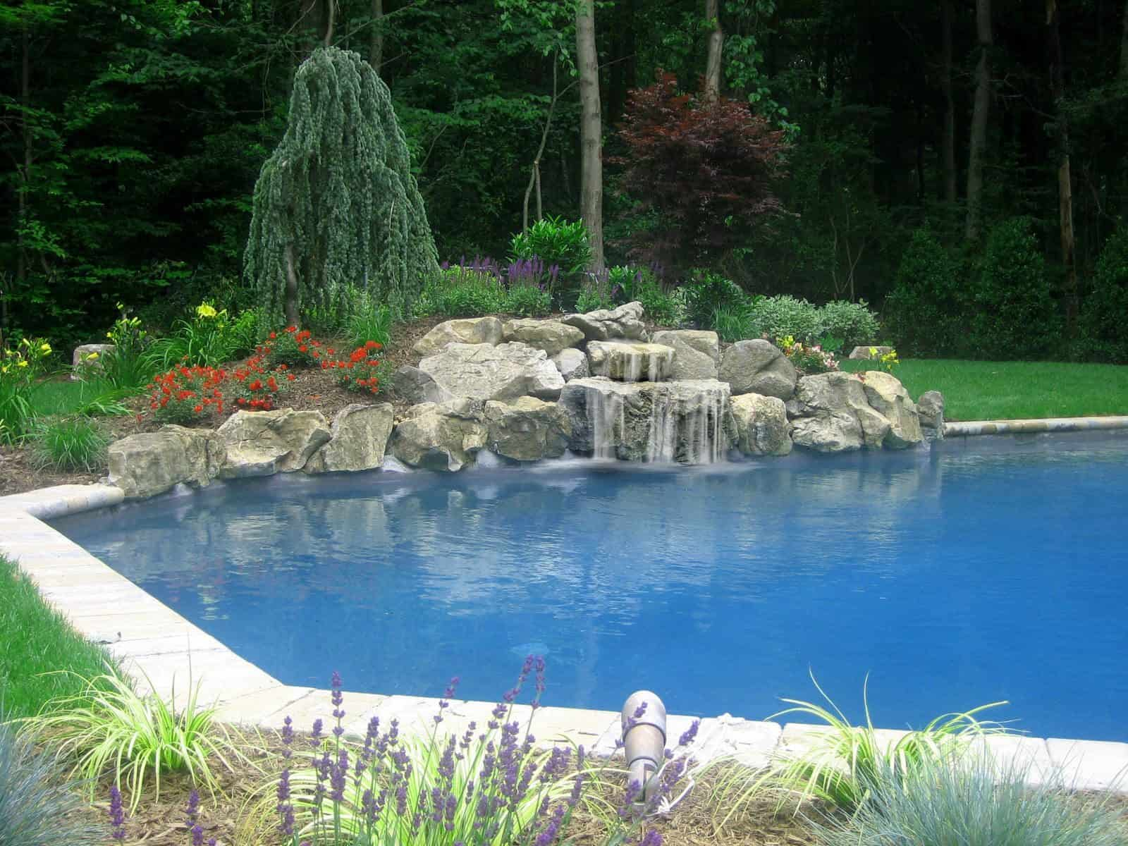 Close5' Moss Rock Waterfall into Pool - Dix Hills, Long Island NY