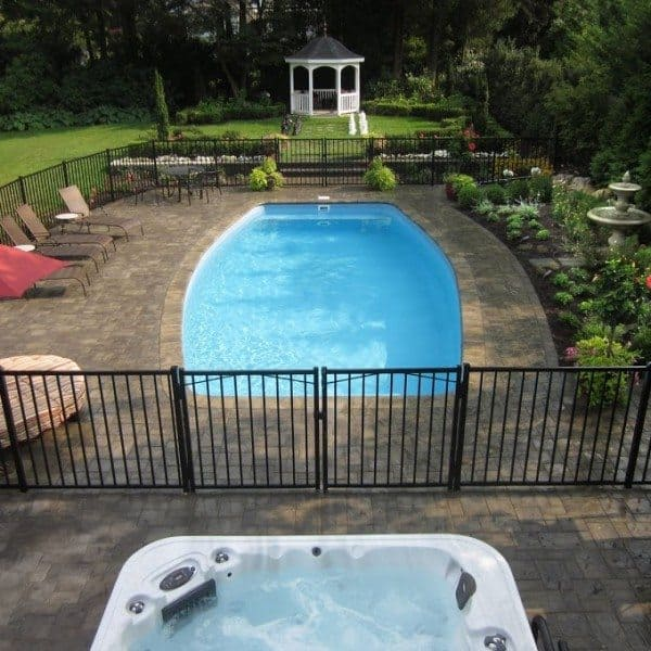 16′ x 32′ Fiberglass Pool with Full Length Steps