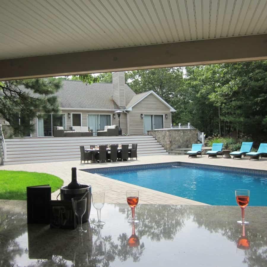 Outdoor bar & granite countertop veneered in Dressed Field Stone - Bucks County - Hampton Bays, Long Island NY
