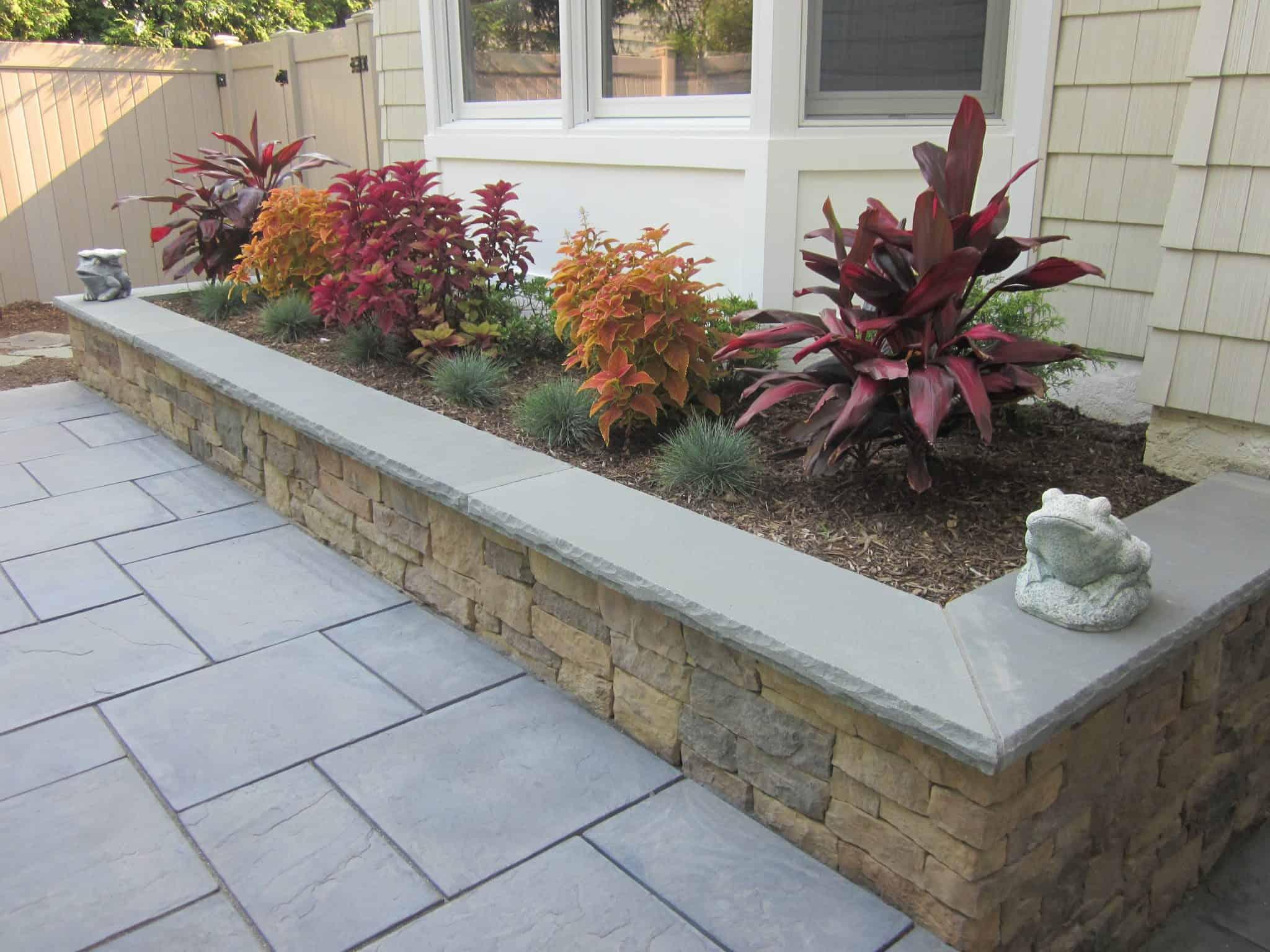 Custom Planter Box veneered with Cambridge - Canyon Ledge - Chestnut - with Rock Faced Bluestone treads - Merrick, Long Island NY