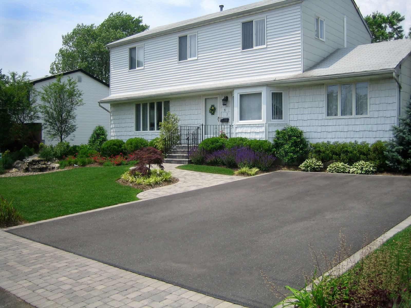 Asphalt Driveway - Nicolock Roma I & Roma II Paver Apron, Walkway, and Stoop - Color - Granite City - Dix Hills, Long Island NY