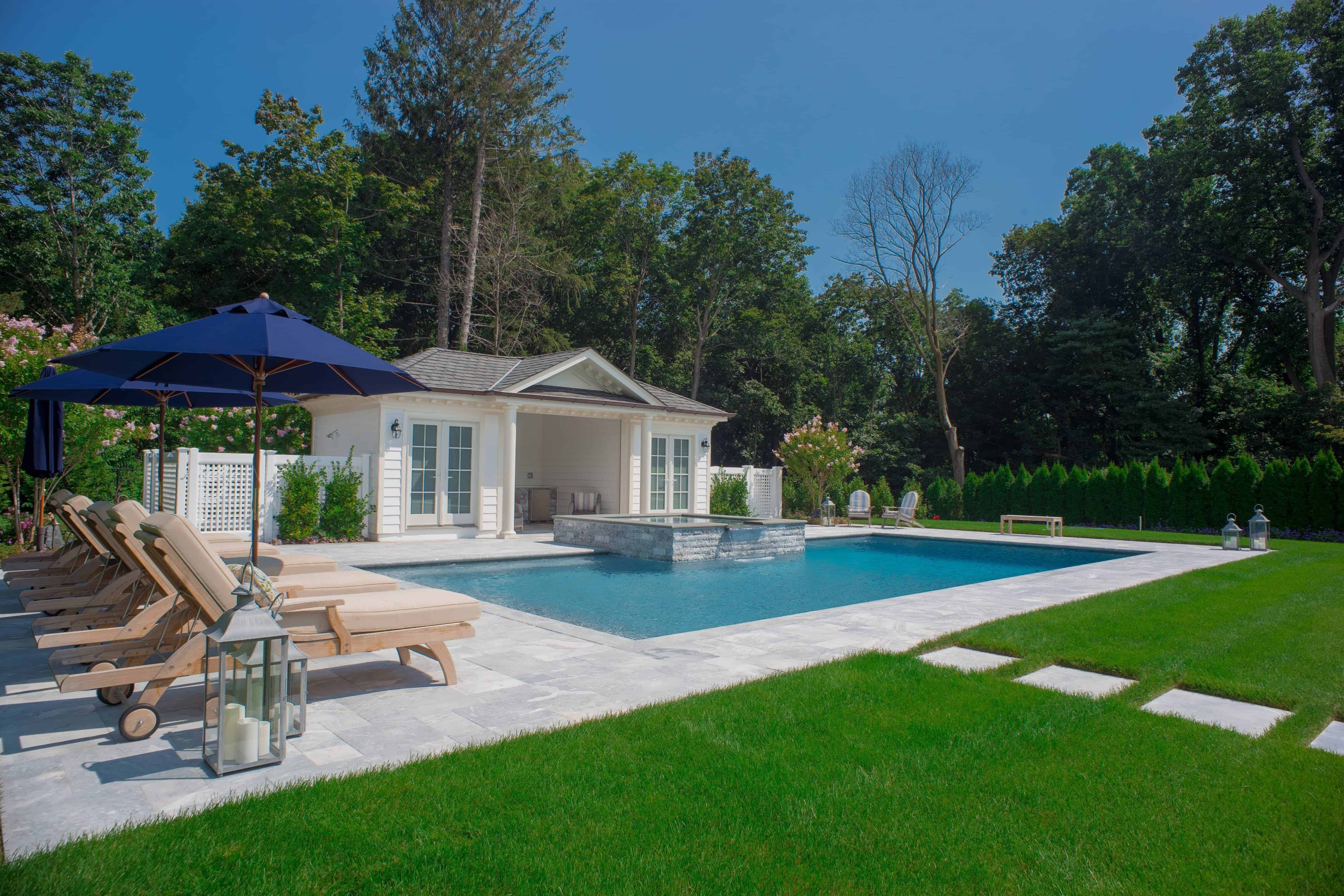 20' x 40' Gunite Pool with Raised 8' x 8' and Spill Over in Plandome Manor, Long Island NY