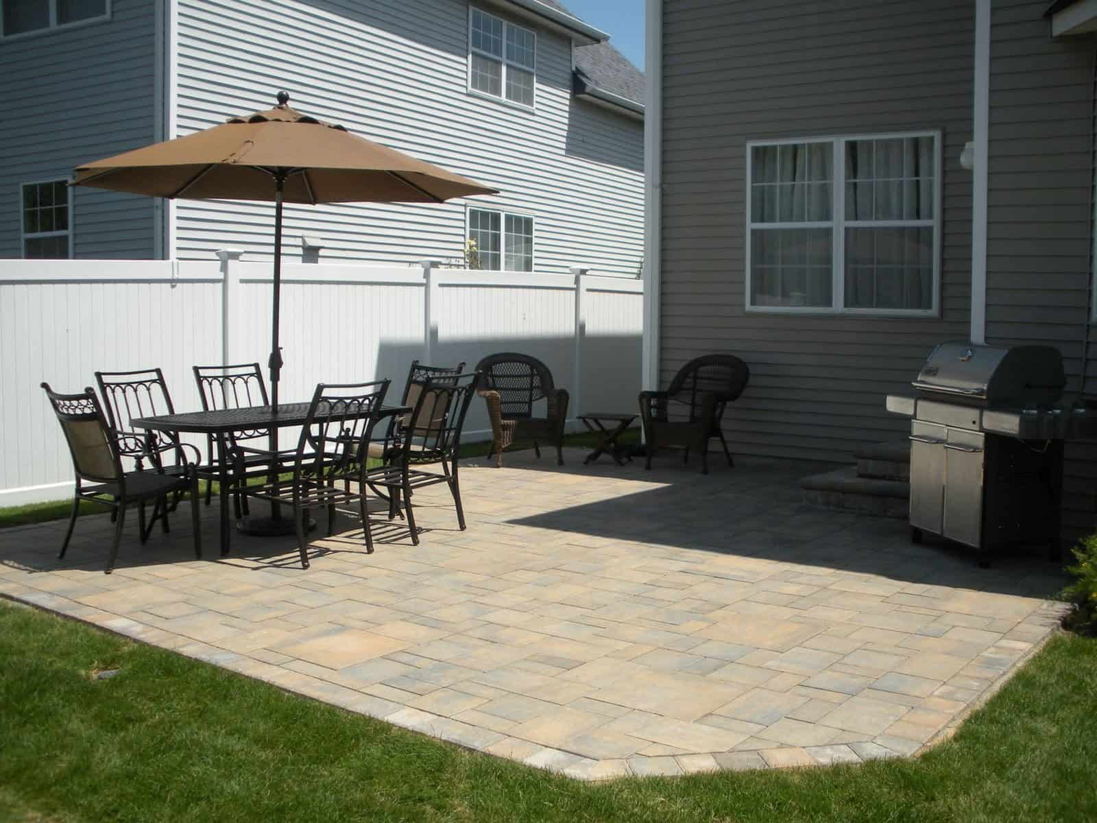 Paver Patio - Cambridge Ledgestone Paver Patio - Toffee/Onyx - Random Pattern - Melville, Long Island NY