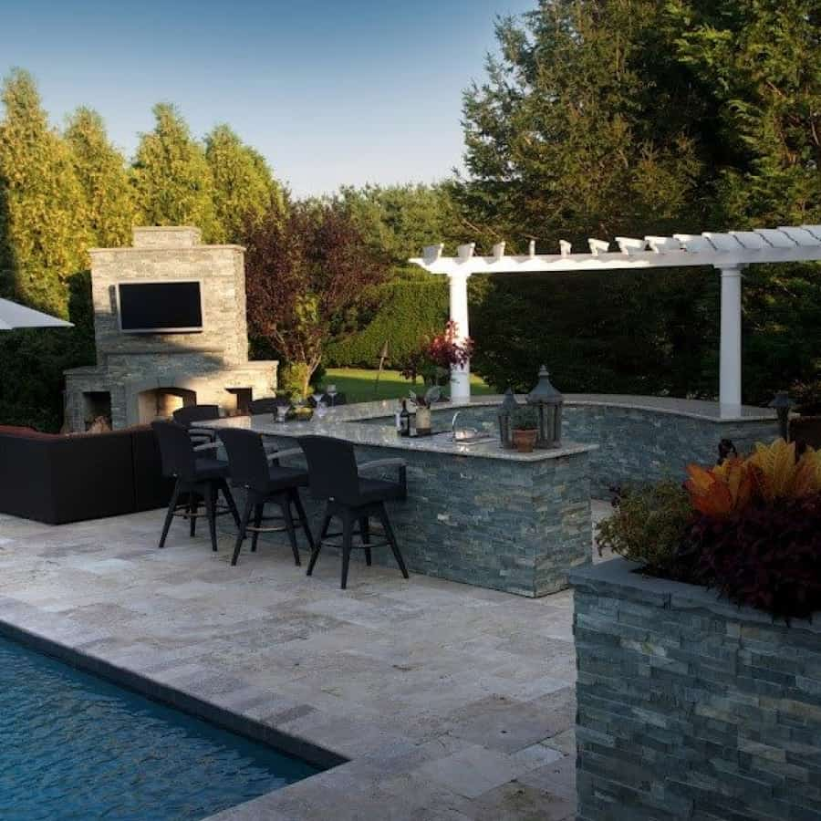Outdoor Fireplace, Outdoor Bar, and Planter box veneered in East West Stone - Bayside Waters - Southampto​n, Long Island NY