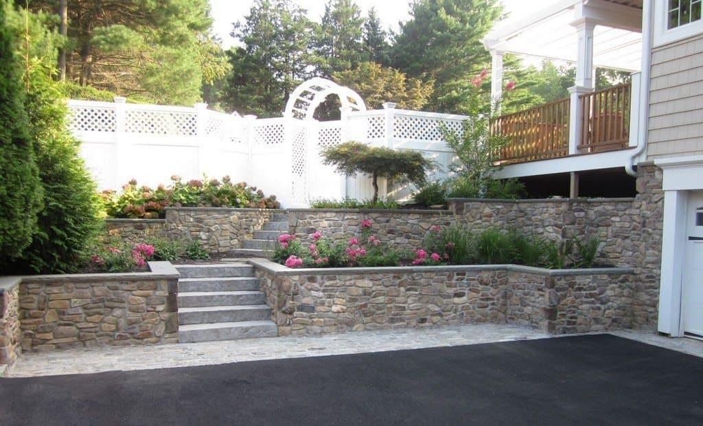 Natural Thin Stone Veneer - PA Ledgestone Retaining Wall with Rock Faced Bluestone Cap - Glen Cove, Long Island NY