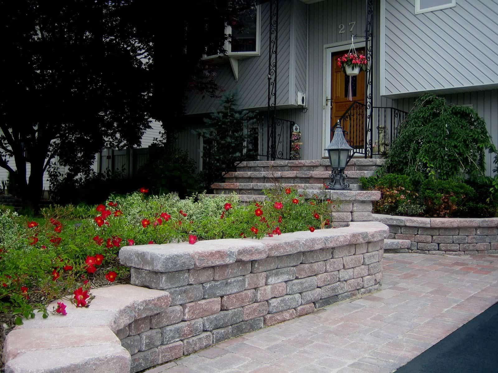 Retaining Wall with Rio Wall Stone - Color - Ruby Onyx - Lindenhurst, Long Island NY