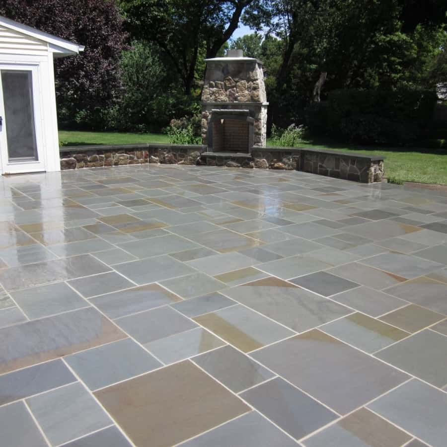 Natural Stone Patio - New York State Bluestone Patio - Random Pattern with joints - Huntington, Long Island NY